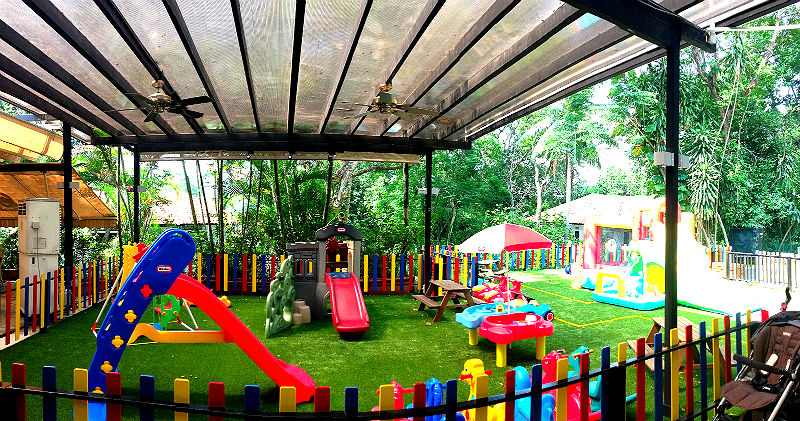 playhouse child friendly interior surfaces | Ten Great Family / Child Friendly Restaurants in Singapore!
