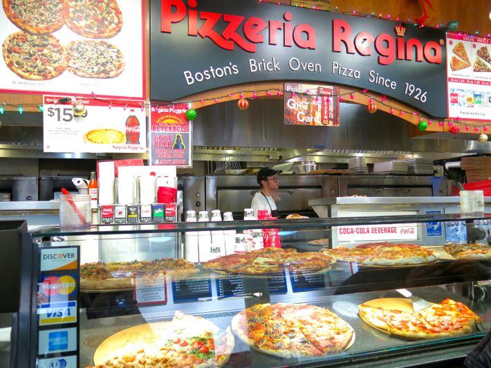 Pizzeria Regina Quincy Market